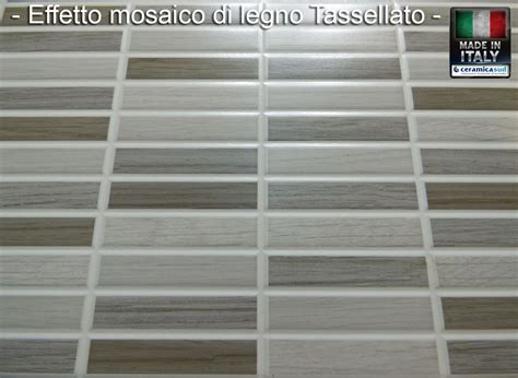 piastrelle bagno effetto mosaico piastrelle da rivestimento effetto mosaico di legno chiaro