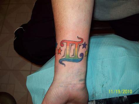 gemini wrist tattoo gemini design on wrist busbones