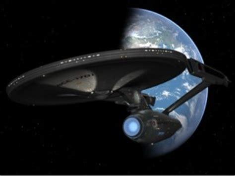 cineplex enterprise cinema ed astronavi hollywood chiama terra il cinemaniaco