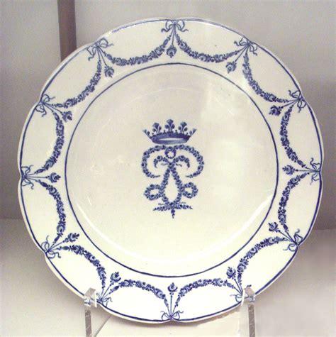 Porcelain Plate chantilly porcelain