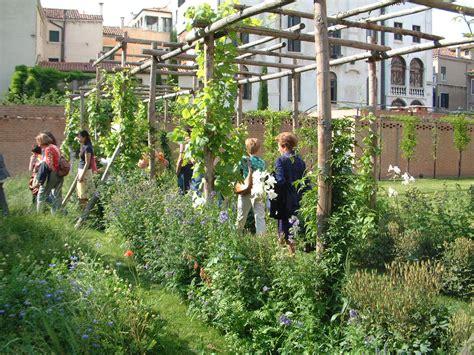 piante da mettere in giardino giardino architettura con piante da mettere in giardino