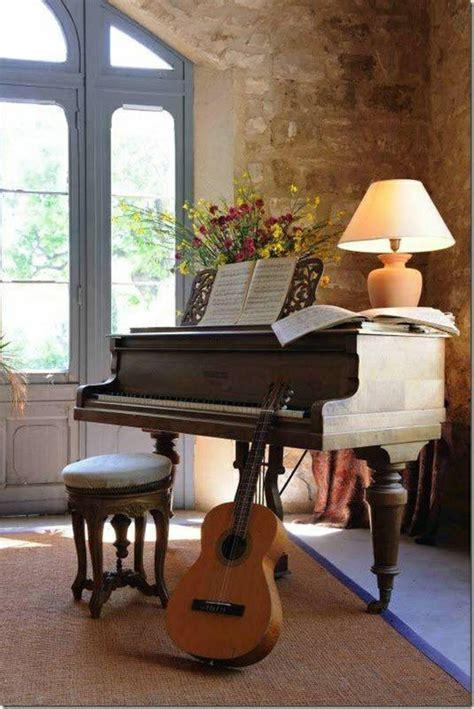 stuhl zum gitarre spielen das musikinstrument und sein platz in unserem zuhause