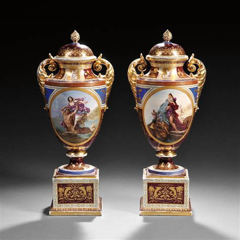 Vase Auction by Ceramics Skinner Auctioneers
