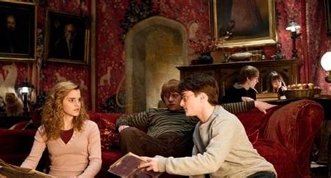 hermiones room hermione granger a student at naachers cathloic high wiki fandom powered by wikia