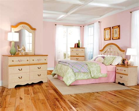 Disney Bedroom Set | disney princess bedroom furniture ward log homes