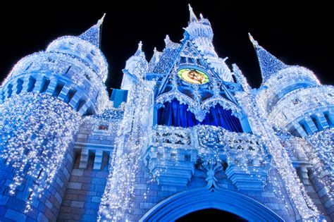 what s new at disney world in 2011 yourfirstvisit net disney world christmas 2011 what s new disney tourist