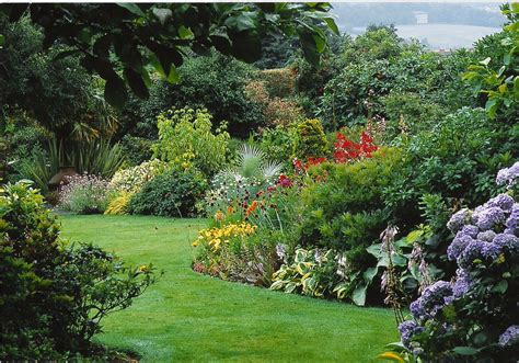 Flower Garden Design Pictures House Beautiful Design Garden Flower Borders