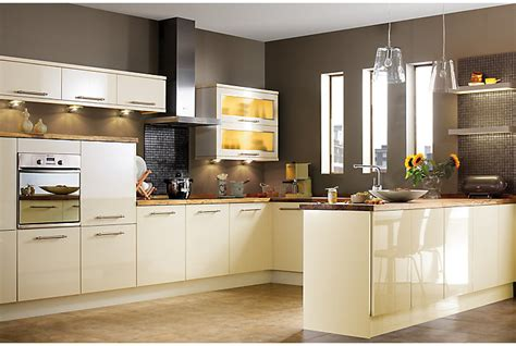 Cream Gloss Kitchen Ideas by It Gloss Cream Slab Kitchen Ranges Kitchen Rooms