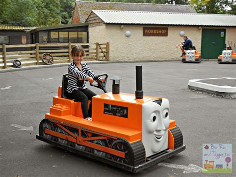 Goodie Bag Model Kubus Cars 7 land at drayton manor theme park boo roo and
