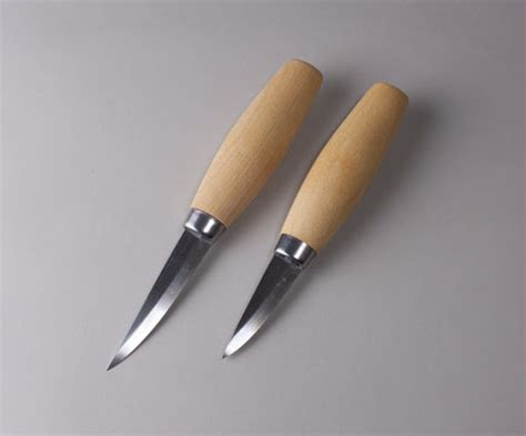 guide   basic essential wood carving tools