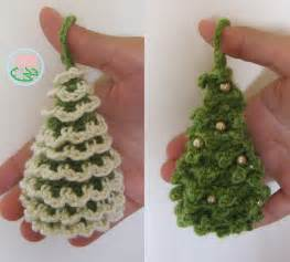 free pattern amigurumi santa claus ornament toma creations