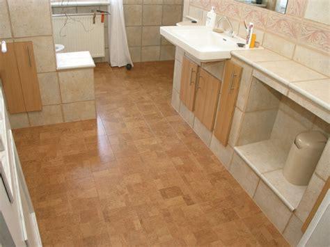 korkboden badezimmer korkboden nachteile und vorteile kurze 220 bersicht