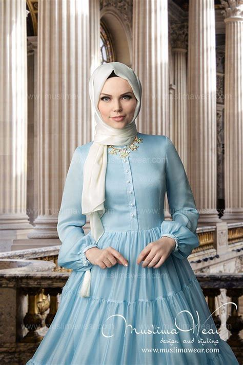 tutorial hijab elsa frozen well this outfit reminds me of queen elsa in frozen but