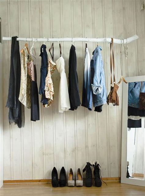 Tree Closet by How To Use Tree Branch Diys For Indoor Decor Homeyou