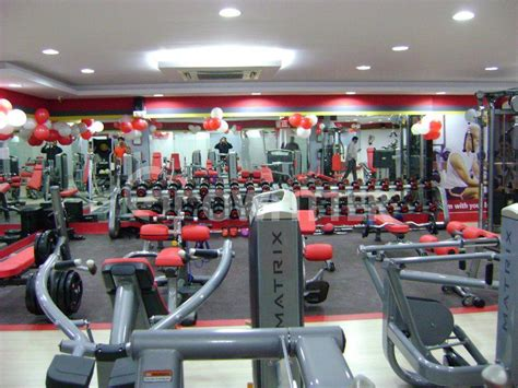 snap fitness bench press snap fitness madhapur hyderabad gym membership fees