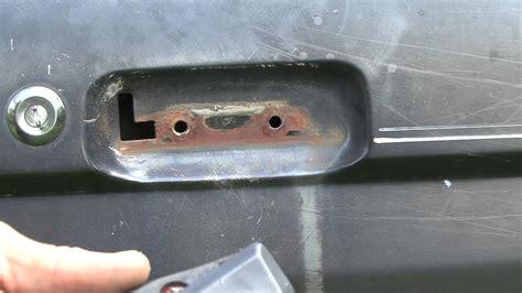 How To Fix A Broken Door Latch by How To Repair Your Ford Broken Door Handle