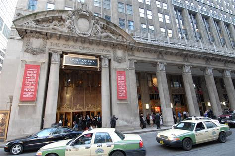 civic opera house the attractions and things to do you can t miss in the loop