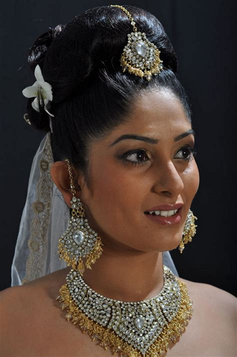 New Sri Lankan Girrls Hair Styles | sri lankan bridal hairstyles