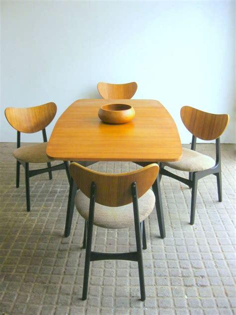 retro mummy dining table best 25 retro dining chairs ideas on retro