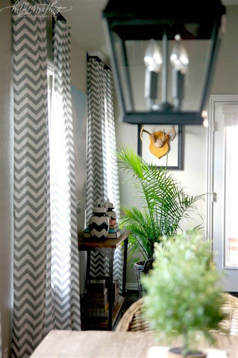 chevron bedroom curtains 25 best ideas about grey chevron curtains on pinterest