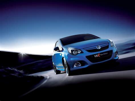 Was Bedeutet Lackieren Auf Englisch by Vauxhall Corsa Vxr Blue Englischer Blaubl 252 Ter Gibt Sich