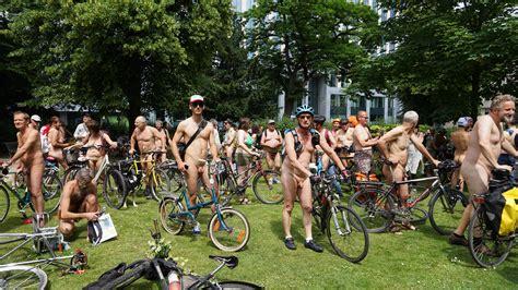 File World Naked Bike Ride Brussels Wikimedia Commons