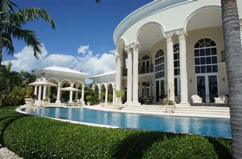 $14.5 Million Waterfront Estate In The Bahamas   Homes of