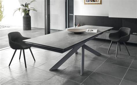 sedie bari tavoli e sedie bari l arredare insieme negozio arredamento