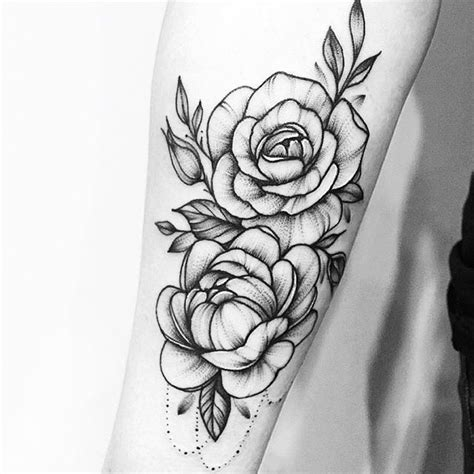 tattoo trends beautiful black and white floral tattoo