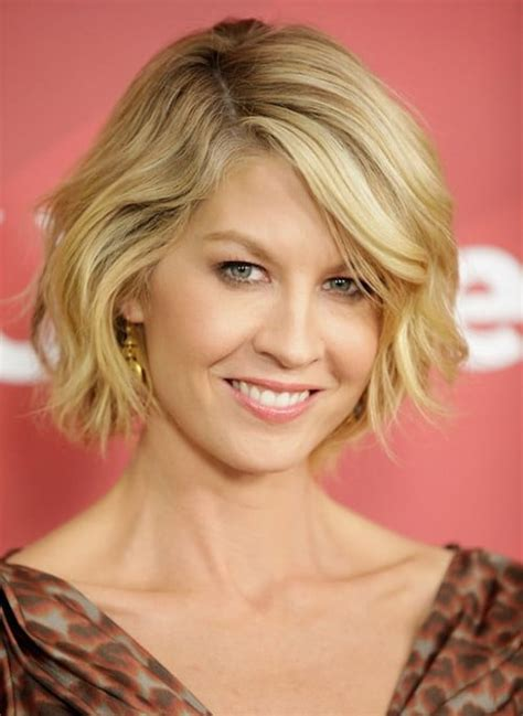 blonde hairstyles to make you look younger 54 hairstyles that make you look younger than ever