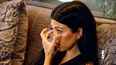 kim kardashian crying gifs oh baby 13 kardashian reaction gifs to celebrate rob and