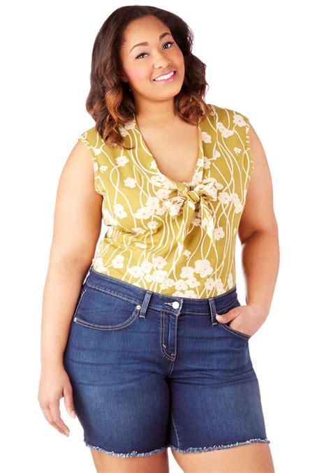 Best shirts for curvy women