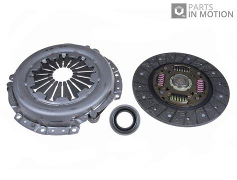 Hyundai Getz 1 4 Clutch Set Cover Disc Bearing Bisa Pretelan clutch kit 3pc w cover plate release bearing fits hyundai getz 1 4 05 to 09