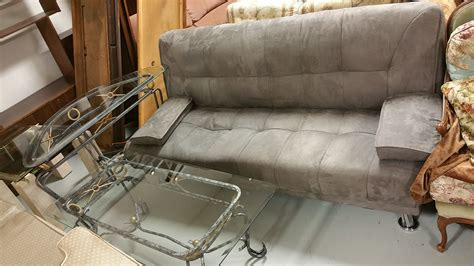 free couch removal free furniture pick up free office furniture uplift