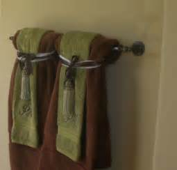 bathroom towel folding ideas hanging bathroom towels decoratively bathroom