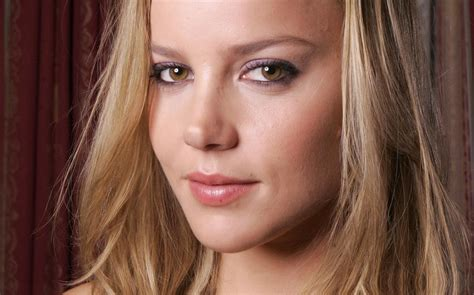 Who Is The Australian Actress That Does The 2014 Viagra Commercial | cute australian actress abbie cornish hd wallpapers and