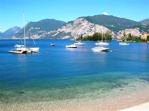 Lago Di Garda by File Lago Di Garda 1 Giugno 2006 Jpg