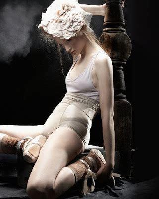 caroline knopf; lingerie & photography ~ frou frou