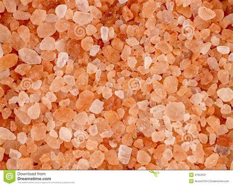 pink himalayan rock salt l aerial background macro texture of pink red himalayan salt