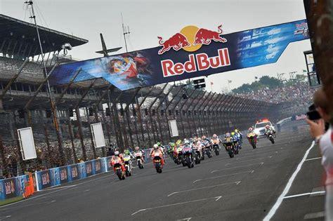 Motorrad Gp Rennen 2015 by Marc Marquez Gewinnt Motogp Rennen In Indianapolis 2015