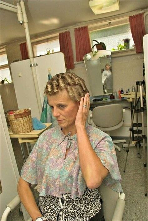 women who curls sissys hair in rollers top 25 ideas about salon boi s on pinterest mothers