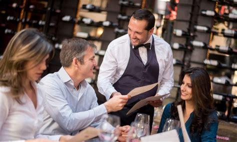 con cameriere corso cameriere di sala corso specializzato per lavorare
