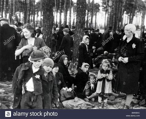 world war ii auschwitz a history from beginning to end books world war ii auschwitz birkenau concentration c june