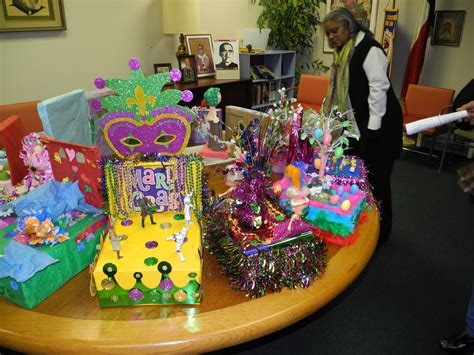 ktvu new year parade contest mardi gras king and contest float 2016 holy cross