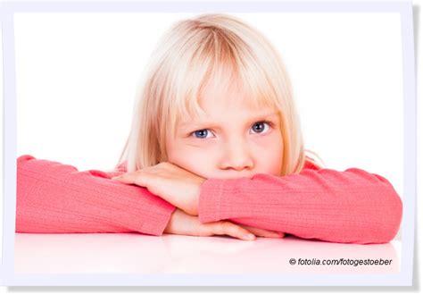 wann sehen babys die entwicklung der augenfarbe bei babys mytoys