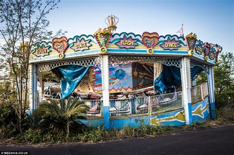 dreamland japan inside the abandoned japanese nara dreamland theme park built in the sixties daily mail