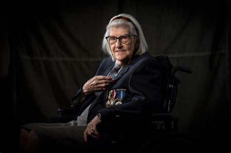 Royal Detox Prescott by In Photos Canada S Veteran Heroes Sunnybrook Hospital