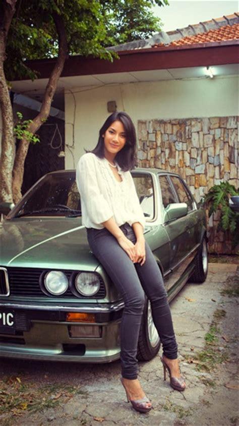 fb tyas 17 best tara basro images on pinterest indonesia