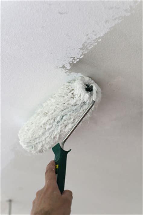 Kann Tapete Streichen by Farbe Ausw 228 Hlen Tapeten Streichen Lassen Maler Org