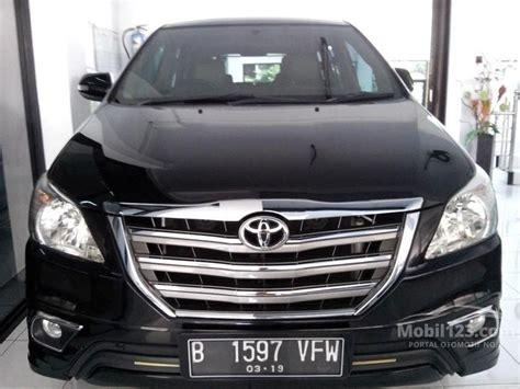 Alarm Mobil Kijang jual mobil toyota kijang innova 2014 v luxury 2 0 di jawa